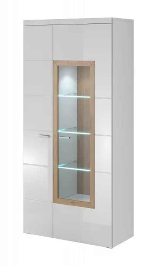 Bílá vitrína do obývacího pokoje s jedněmi prosklenými dveřmi
