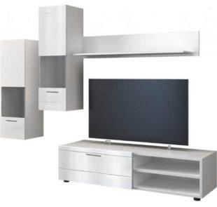 Matně bílá obývací stěna s TV stolkem a dvěma vitrínami